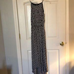 Black abs white dress